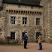 Też zamek ale... prywatny! Pan Bruno de la Tour zaprasza na małą wycieczkę. Idziemy!