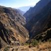 Kanion Colca - ponad 3,5 km w pionie litej skały. W tle legenda skarbu inków. Złoto??