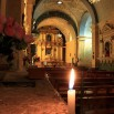 Wnętrze kościoła. Bywa, że Chrystus jest tu przedstawiany jako... kobieta!