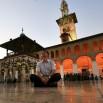 Wizyta w najsłynniejszym meczecie w Damszku. Przed nami, właśnie tu, był nasz Papież Jan Paweł II rozpoczynając dialog z Arabami i Islamem.